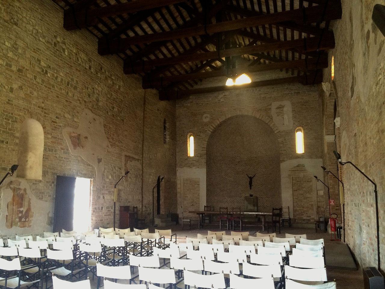 Chiese Romantiche Padova Oratorio Santa Croce Interni