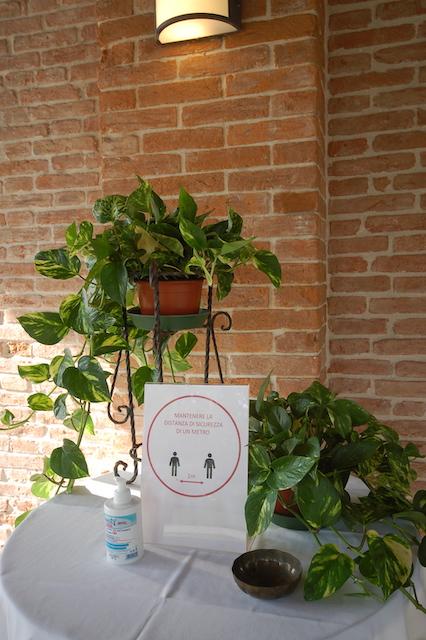Cena Con Distanziamento Interpersonale Padova 0177